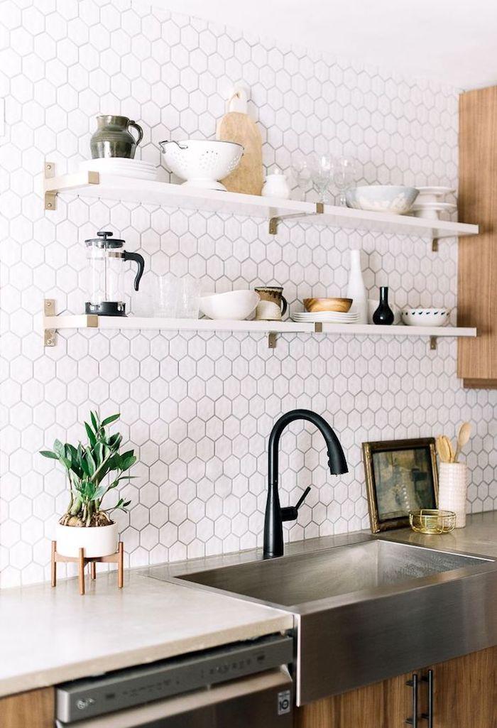 Плитка гексагон на кухне