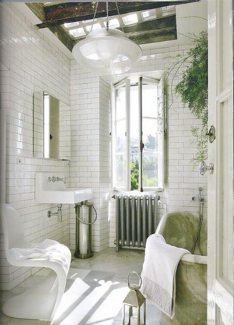 Ванная комната с кирпичной кладкой. 40 Идей