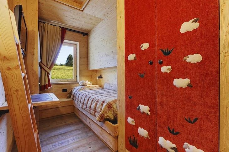 Деревянный домик в провинции Италии