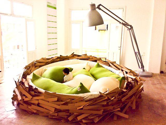 Гигантское гнездо - кровать