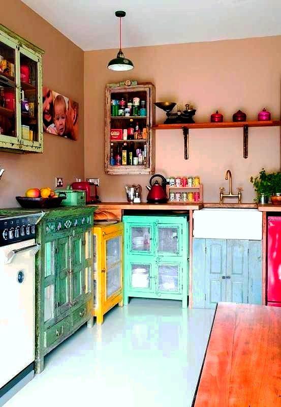 Красочные кухни. 37 Идей
