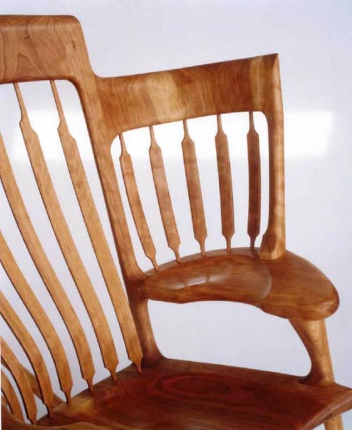 Это настолько потрясающее кресло-качалка, что вы захотите себе такое же