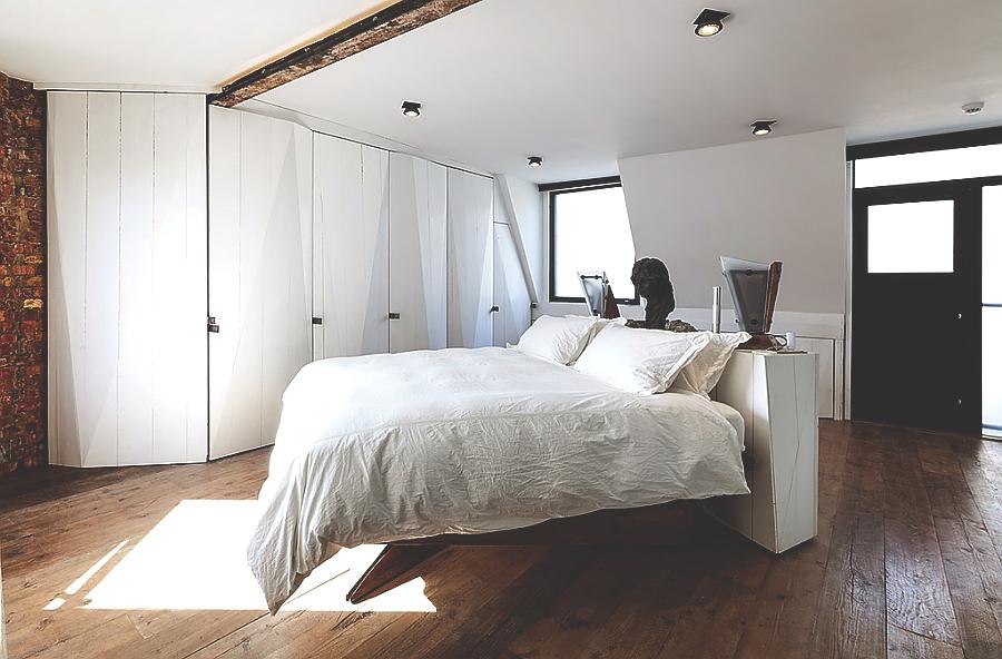 Мужественная квартира от Michaelis Boyd