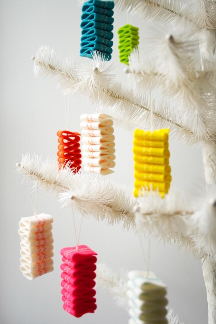 40 Оригинальных елочных игрушек из фетра
