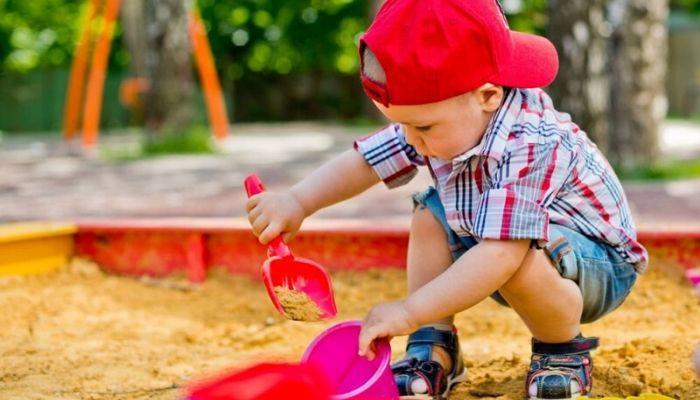 Перегрев и обезвоживание ребенка летом, какие еще есть опасности